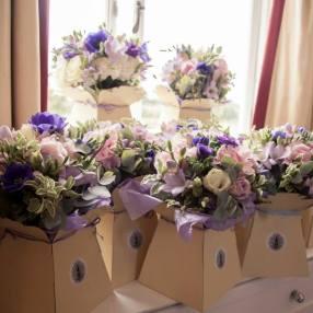 Brides and bridesmaids bouquets by Your London Florist