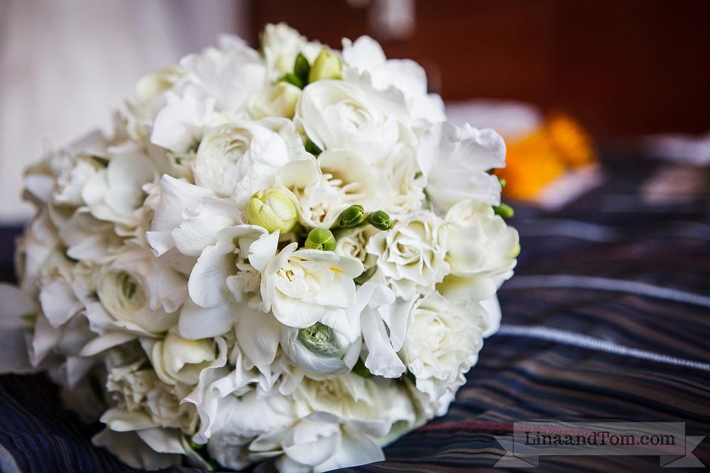 freesia, ranunculus, sweet peas wedding bouquet by Your London Florist