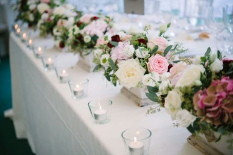 top table flowers by Your London Florist