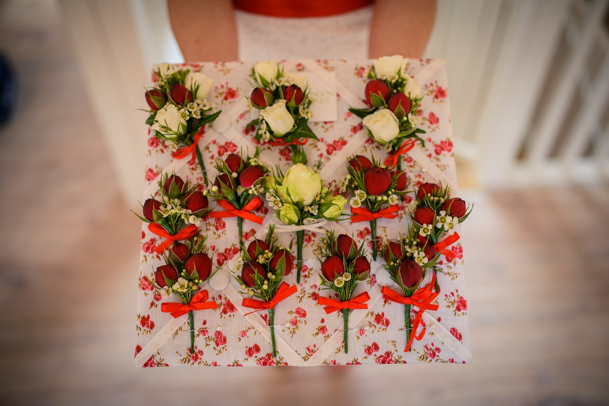 red and white spray roses buttonholes by Your London Florist