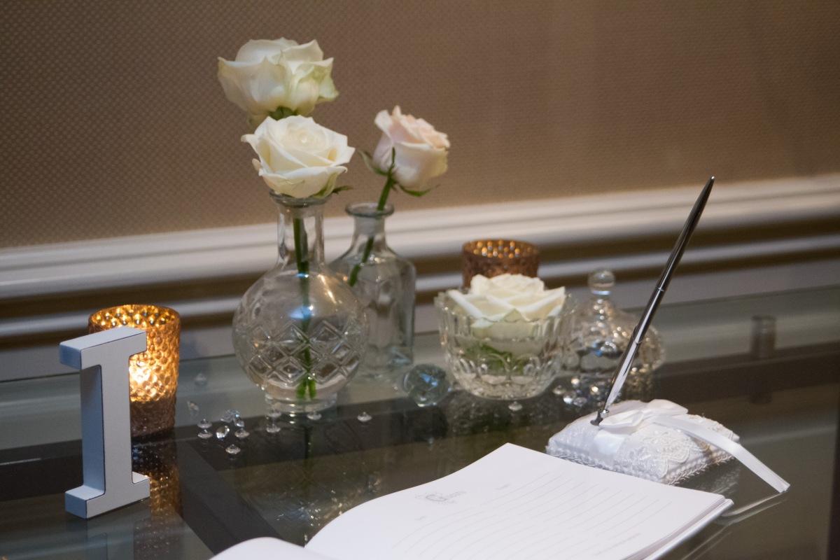 wedding flower details by Your London Florist