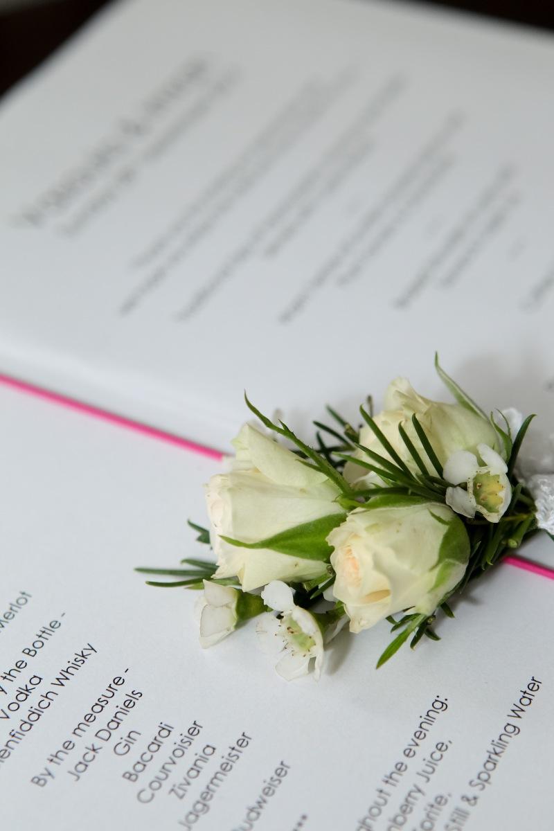 cream spray rose buttonhole by Your London Florist