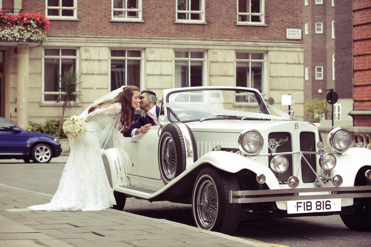 langham hotel wedding by Your London Florist
