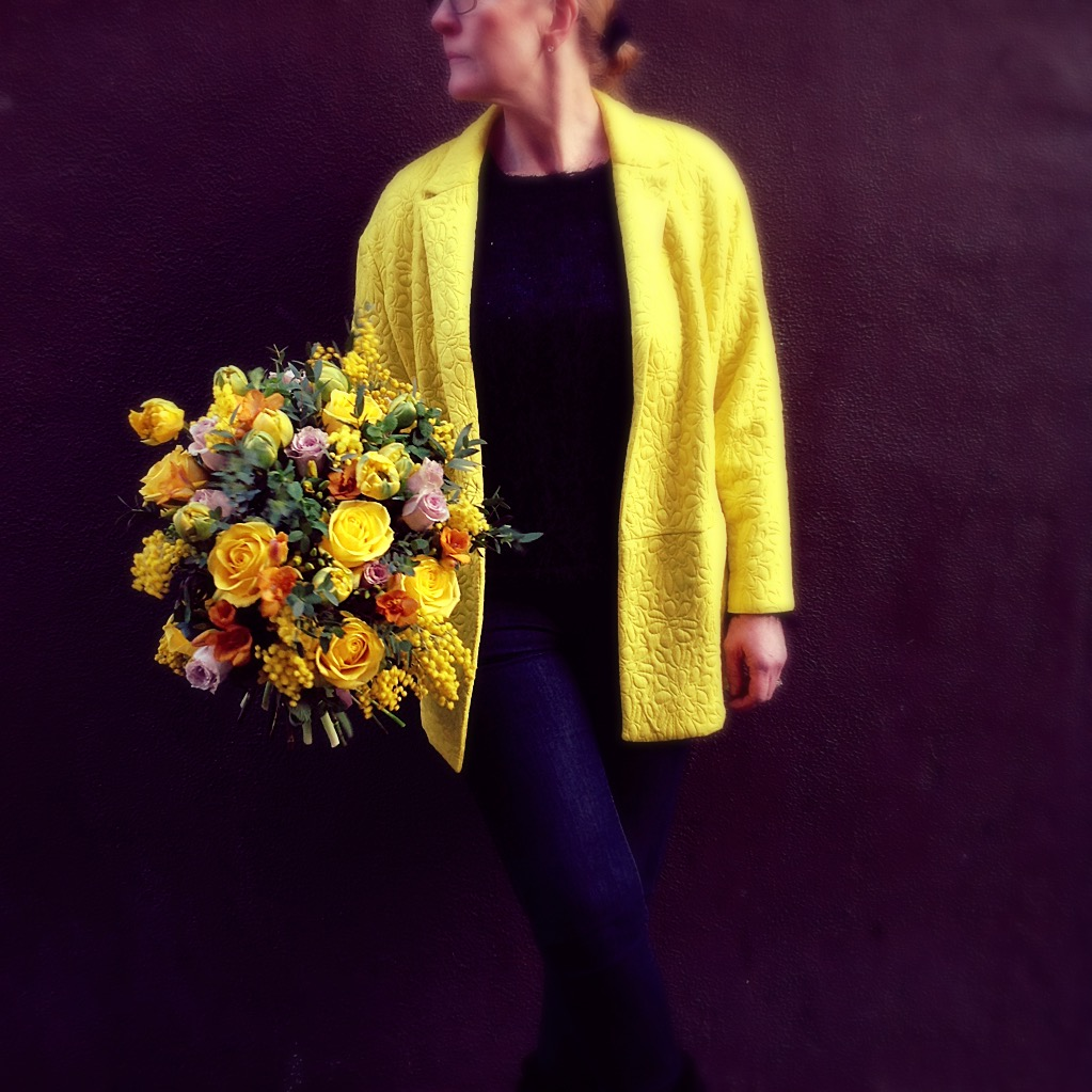 yellow flower bouquet delivery