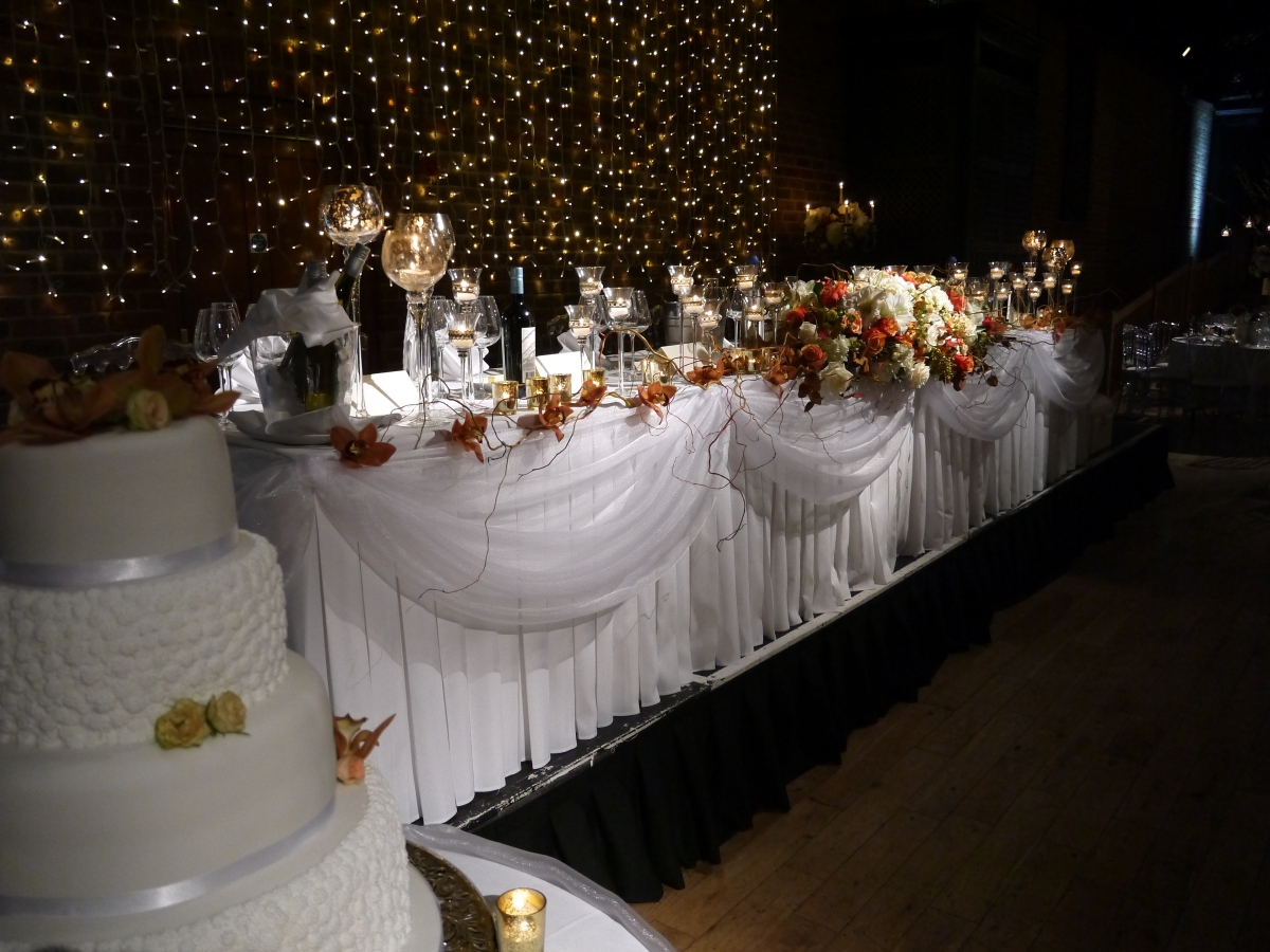 top table flowers and candles