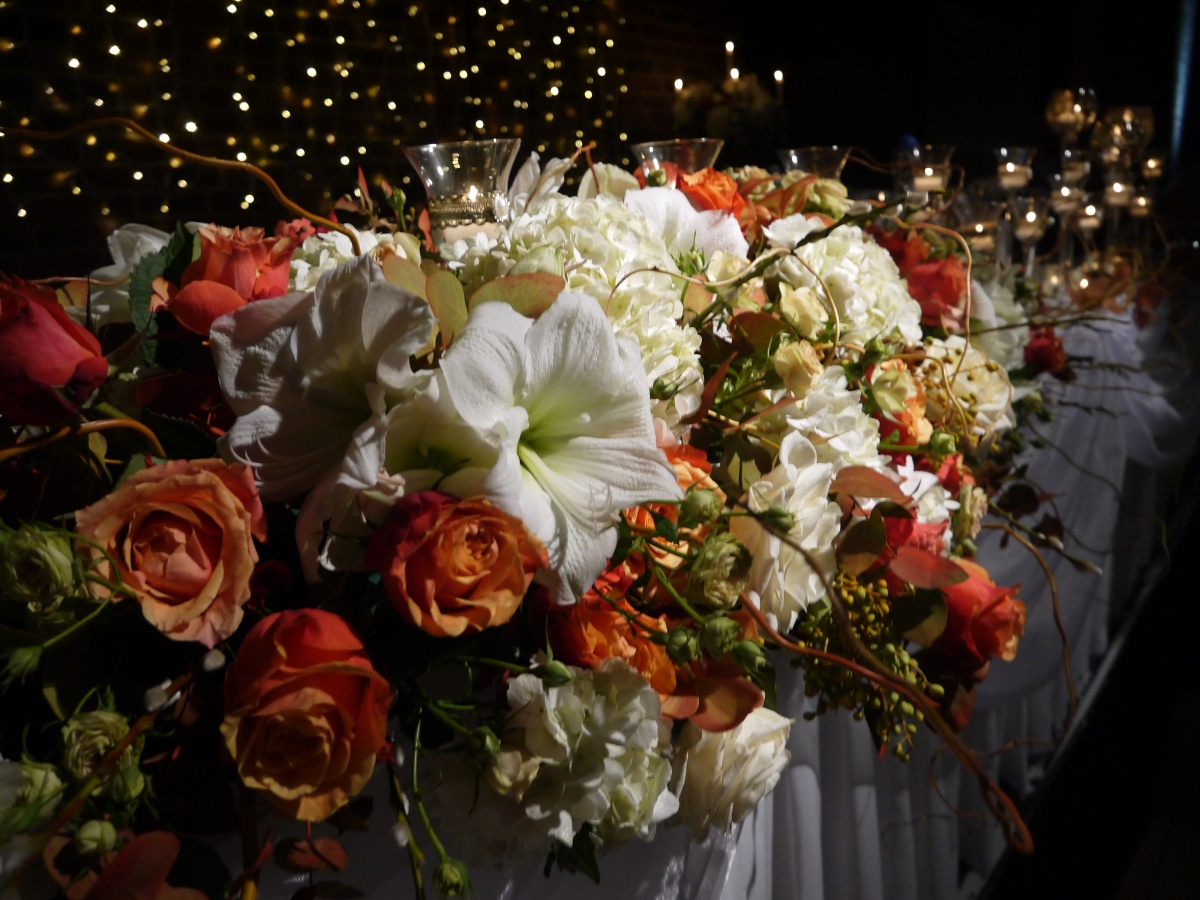 orange and white wedding flowers