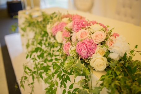 "Top table flowers by ""Your London Florist"""